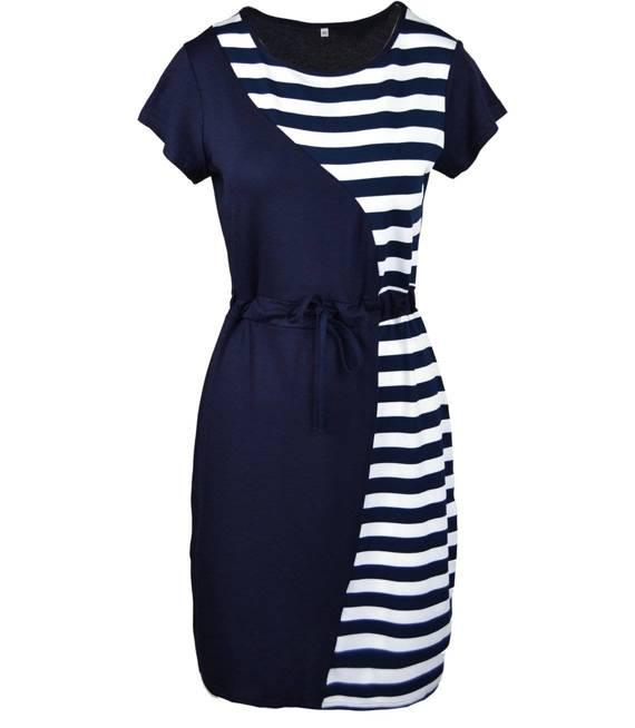 Modna sukienka tuba w paski marynarski styl